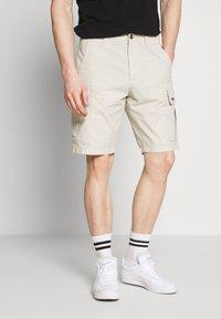Napapijri - NOTO - Shorts - dove grey - 0