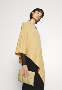 TWINSET - EMBROIDERY PONCHO - Cape - golden rock - 4