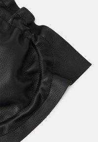 PB 0110 - Across body bag - black - 5