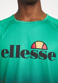Ellesse - BOZEN - Top - green - 5