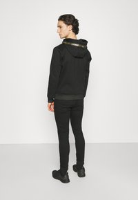 Carlo Colucci - DONNAY X CARLO COLUCCI - Zip-up hoodie - black/gold - 2