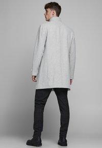 Jack & Jones PREMIUM - Classic coat - light grey melange - 2