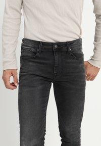 Pepe Jeans - FINSBURY - Jeans Skinny Fit - black denim - 3