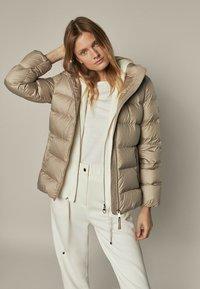 Massimo Dutti - Down jacket - beige - 0