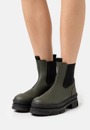 WAVE - Platform ankle boots - green