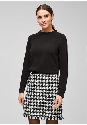 MIT RAGLANÄRMELN - Sweatshirt - black