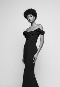 Marchesa - Společenské šaty - black - 4