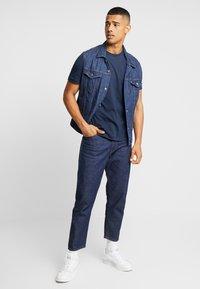 Calvin Klein - T-shirt basic - navy - 1