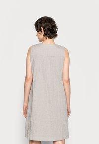 Opus - WOGETA - Denní šaty - pebble stone - 2