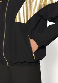 Ellesse - AUGURI - Training jacket - black - 6