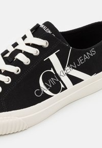 Calvin Klein Jeans - IDOL - Zapatillas - black - 5