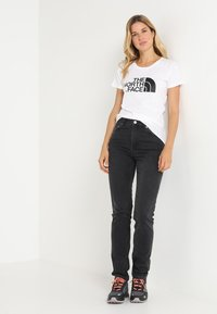 The North Face - WOMENS EASY TEE - T-shirt con stampa - white - 1
