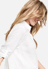 Gerry Weber - Button-down blouse - weiß/weiß - 2