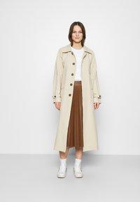 Calvin Klein - VALENTINES CREW NECK TEE - Printtipaita - bright white - 1