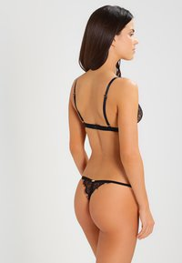 Bluebella - LYRA THONG - Tanga - black - 2