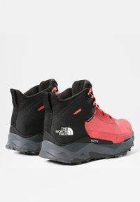 The North Face - W VECTIV EXPLORIS MID FUTURELIGHT - Hiking shoes - fiesta red/tnf black - 3