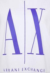 Armani Exchange - Print T-shirt - white/simply purple - 2