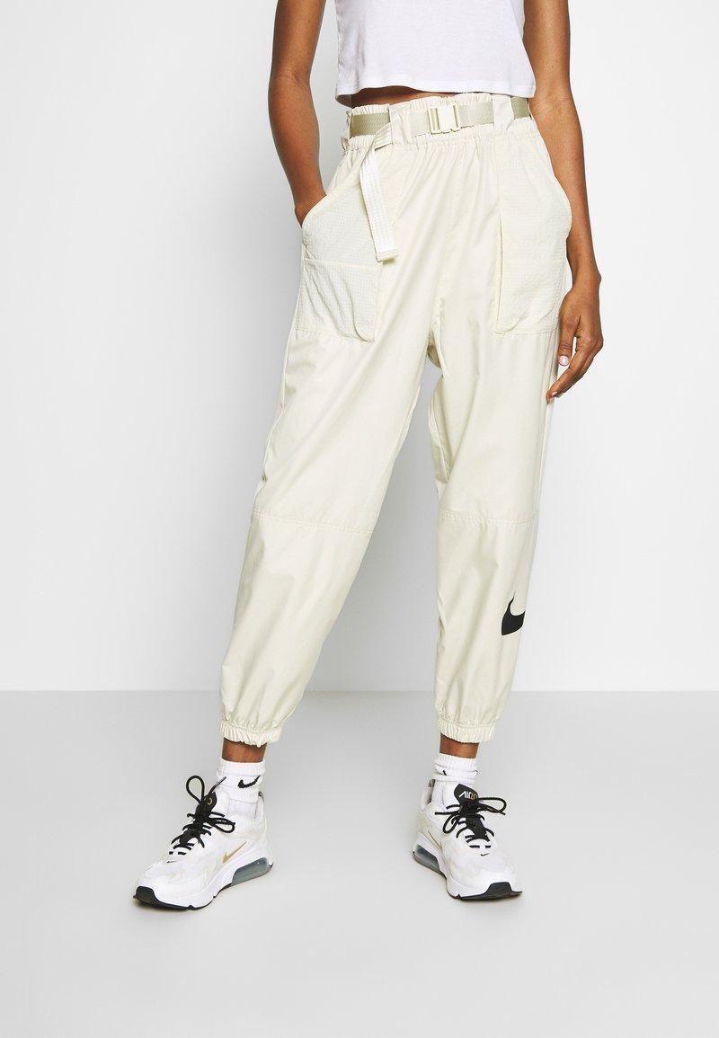 Nike Sportswear - PANT - Trainingsbroek - fossil/black