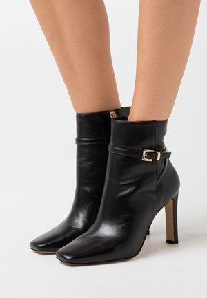 ROZANA - Kotníková obuv na vysokém podpatku - noir