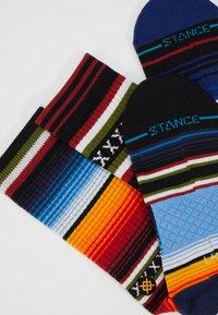Stance - CURREN CREW - Socks - red - 2