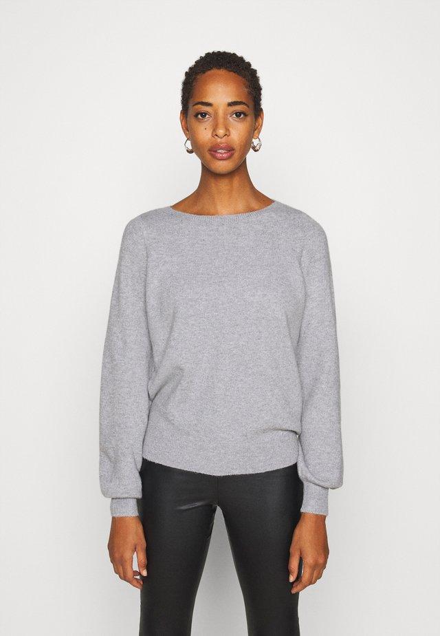 VMBRILLIANT BOATNECK - Stickad tröja - light grey melange