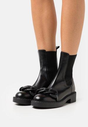 CHAIN - Platform ankle boots - nero