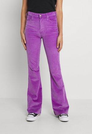 BREESE - Spodnie materiałowe - purple