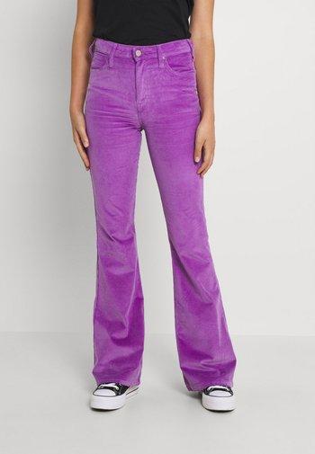 BREESE - Pantalon classique - purple