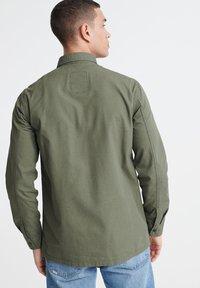 Superdry - SUPERDRY FIELD EDITION LONG SLEEVE SHIRT - Shirt - utility drab - 2
