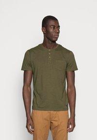 Tiffosi - BRIAN - T-shirt med print - green - 0