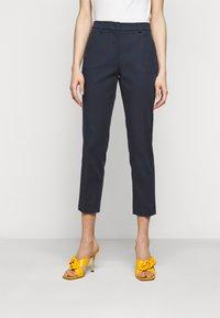 WEEKEND MaxMara - VITE - Pantalon classique - blau - 0