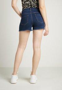 Tezenis - JEANSSHORTS MIT HOHEM BUND - Denim shorts - dark blue jeans - 2