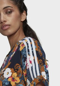 adidas Originals - DRESS - Vestito di maglina - multicolor - 4