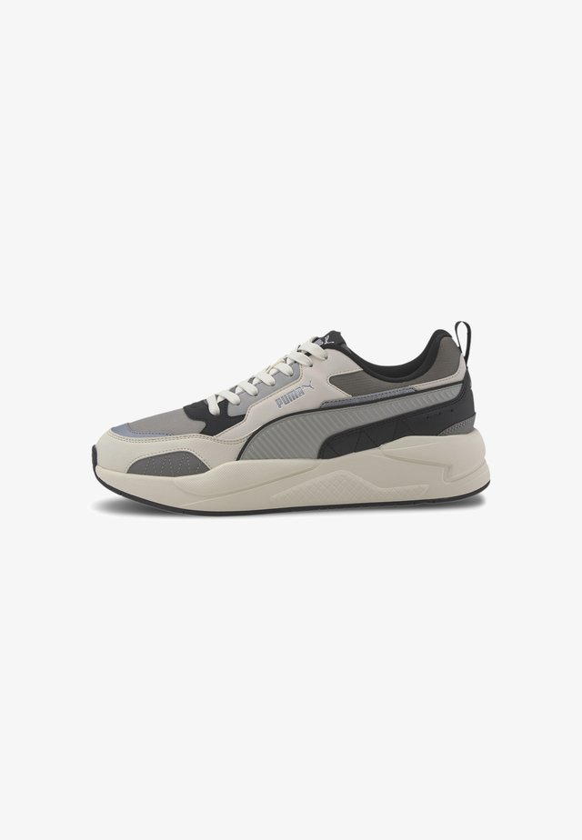 Sneakers laag - whisp wht-lmstone-sl gry-blk