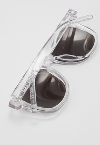 HUGO - Sunglasses - transparent - 4