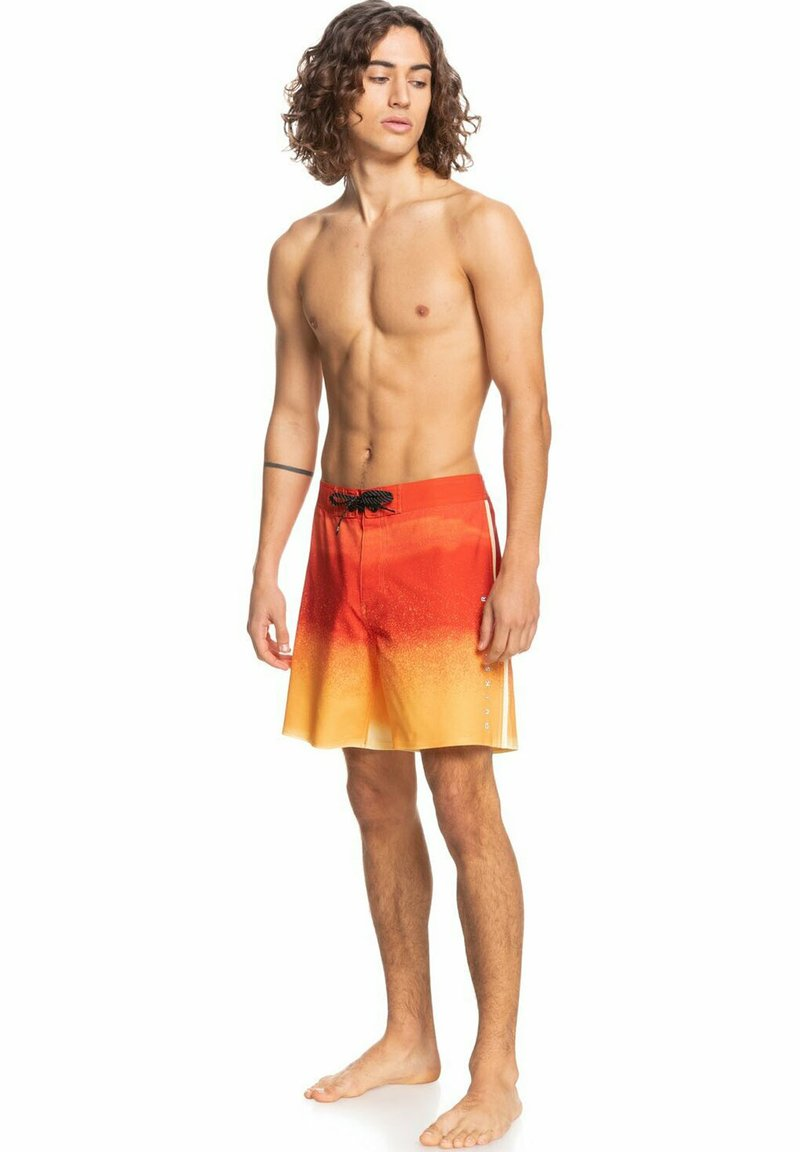 Quiksilver - Swimming shorts - pureed pumpkin