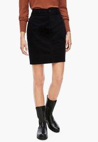 s.Oliver - Pencil skirt - black - 0
