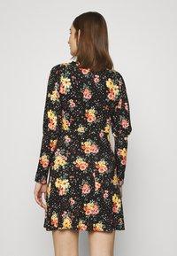 Dorothy Perkins - PUFF SLEEVE FLORAL DRESS - Vestido ligero - black - 2