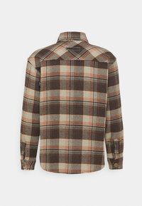 Pegador - DELTA HEAVY ROUND UNISEX - Button-down blouse - mississippi - 7