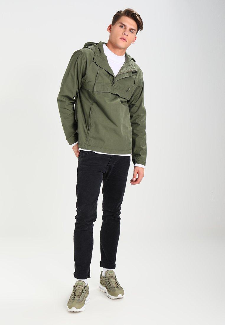 Men VEGA PULLOVER COLUMBIA - Summer jacket
