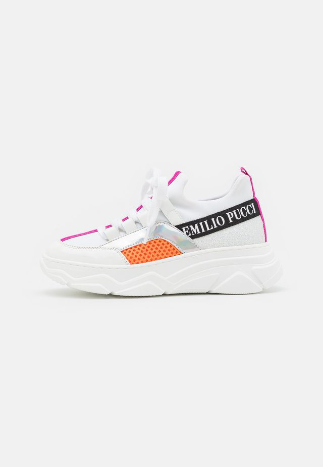 SHOES - Sneakers laag - bianco