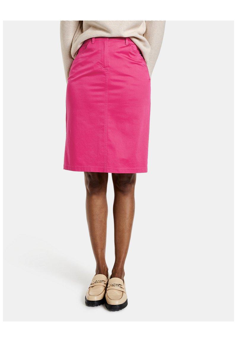 Gerry Weber - Pencil skirt - rasberry