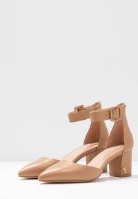 Kurt Geiger London - BURLINGTON - Classic heels - camel - 4