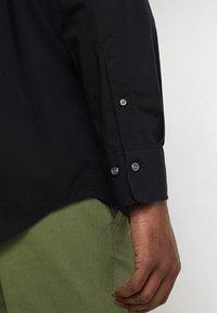 GANT - THE BROADCLOTH - Shirt - black - 6