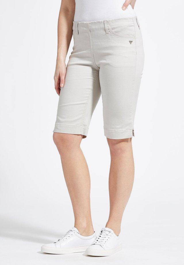 SAVANNAH - Shorts - greysand
