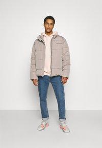 Mennace - MOONDUST REGULAR PUFFER JACKET UNISEX - Winter jacket - grey - 1