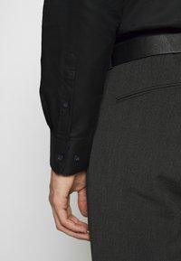 Selected Homme - SHONENEW MARK - Shirt - black - 3
