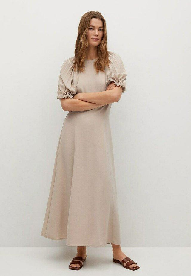 PITU A - Długa sukienka - marron moyen