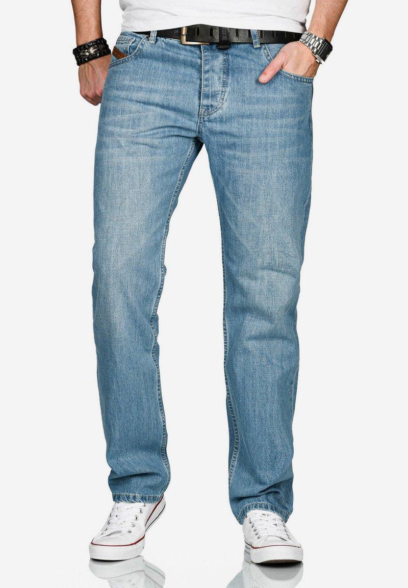 Alessandro Salvarini - Straight leg jeans - hellblau