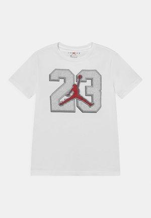 23 GAME TIME  - Print T-shirt - white